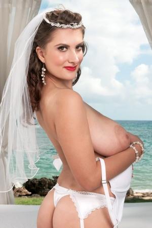 Mature Bride Pics